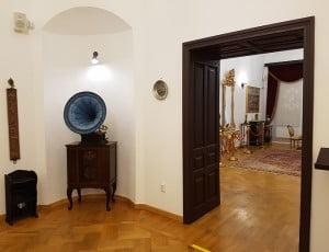 Interior 2011
